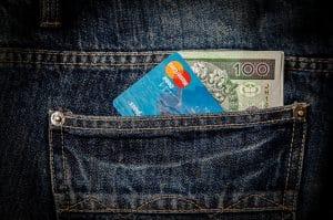 Życie na kredyt? Sprawdź, jak możesz wyjść z długów finansowych