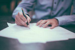 Jaką część wynagrodzenia z umowy zlecenia może zająć syndyk