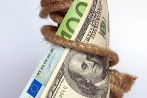 Kredyt w banku czy pożyczka w parabanku? To samo, czy jednak nie?